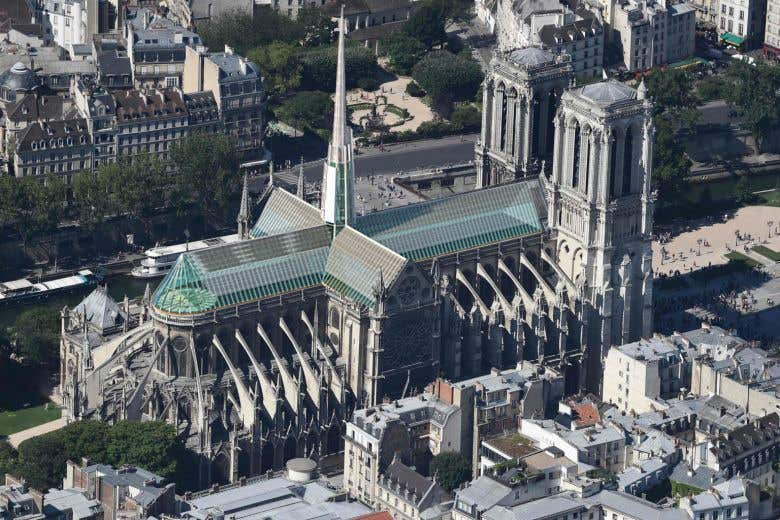 Contest Entry #                                        100                                      for                                         How would you rebuild the Notre-Dame Cathedral?
