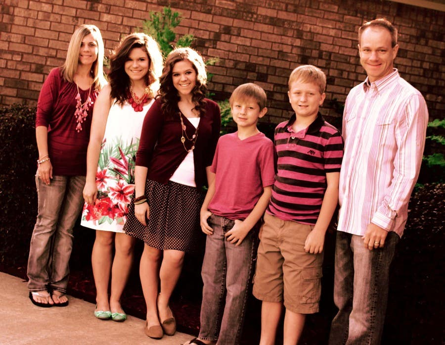 Konkurrenceindlæg #49 for Family Photo Enhancement