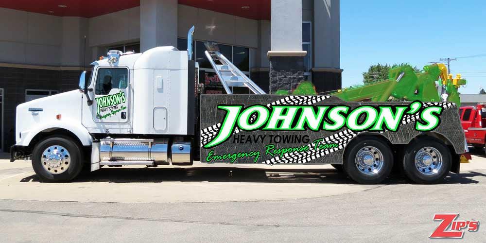 Kilpailutyö #3 kilpailussa Tow Truck Wrap Design