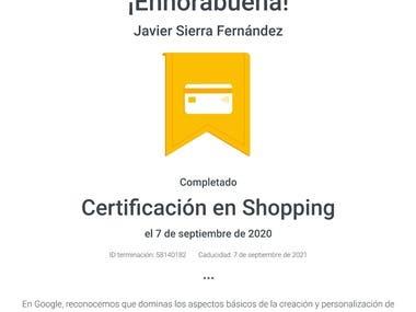 Si obtienes la Certificación en Shopping, Google reconoce que eres capaz de hacer lo siguiente:  Comprender cómo las campañas de Shopping promocionan el inventario local y online, y cómo las campañas inteligentes de Shopping pueden ayudarte a alcanzar tus objetivos de marketing. Usar los anuncios de inventario local y los locales de catálogo para aumentar el tráfico online y a las tiendas físicas. Descubrir cómo las soluciones de Google ayudan a los comercios a conectar con los compradores y a impulsar su negocio. Comprobar cómo influyen los anuncios catálogo de Shopping en los consumidores al principio de su recorrido de compra.